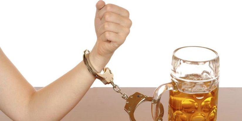 Депутат: пивной алкоголизм - это самый большой бич для Беларуси