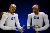 NASA научит робота-астронавта лечить людей