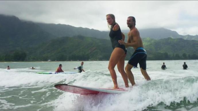 Бетани и Адам Деркс поженились в 2013 году. Сейчас спортсменка на пятом месяце беременности