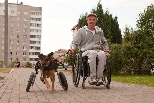 Александр со своей собакой. Фото из личного архива