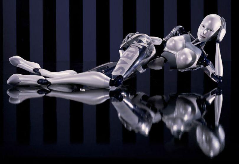 В постели с роботом: удобно и никаких истерик наутро