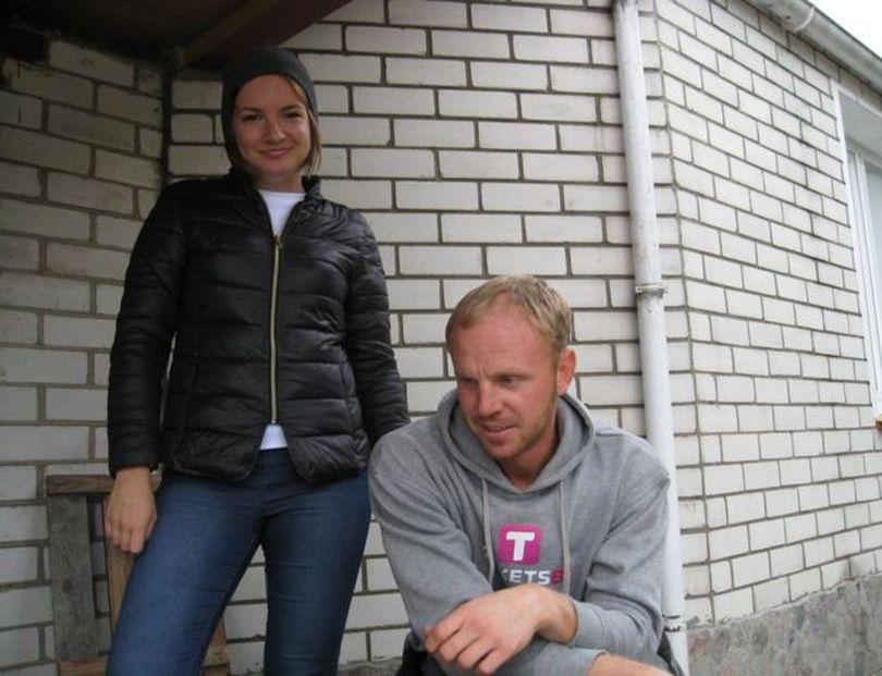 Настя (слева) живет в Порту, но приехала в Лиду, чтобы еще раз увидеться с мужественным Сашей