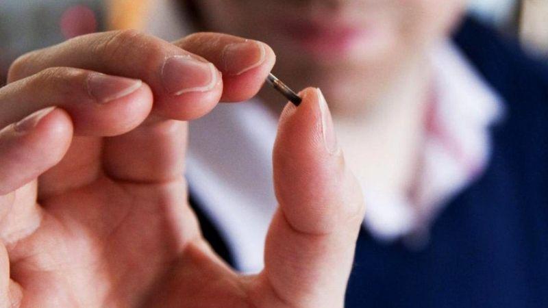 Мнимые риски и реальные опасности вживленных под кожу микрочипов