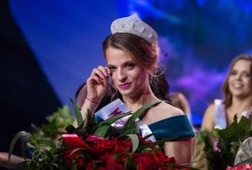 «Хочу, чтобы во мне видели девушку». Белоруска — Мисс мира на инвалидной коляске