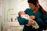 Минтруда: родителям детей-инвалидов разрешили выходить на полставки или брать работу на дому