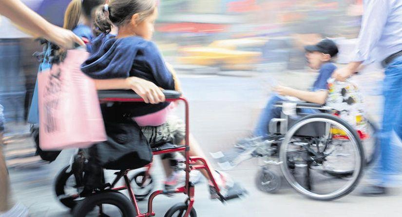 В Беларуси могут быть изменены подходы к выплате пособий семьям с детьми-инвалидами