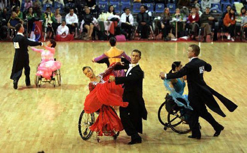 Фото и видео. Чемпионат мира по спортивным танцам на инвалидных колясках в Минске