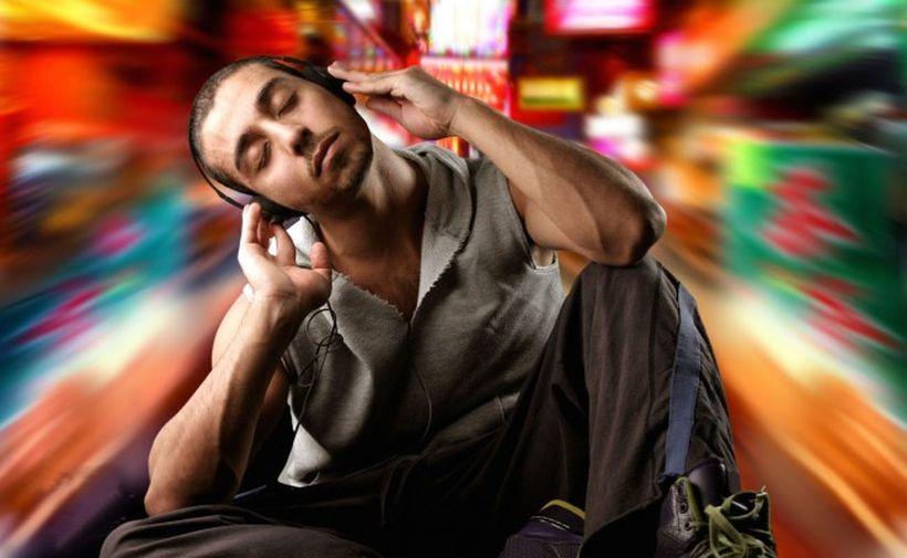 Аудионаркотики: новый вид опасных стимуляторов распространяется через Интернет
