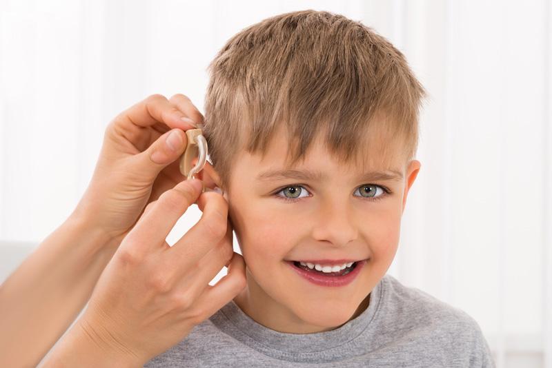 Полезные сведения родителям о слуховых аппаратах