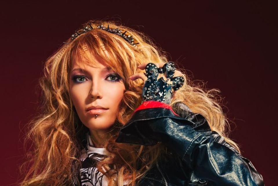 Юлия Самойлова вошла в пятерку шоу «Фактор А»