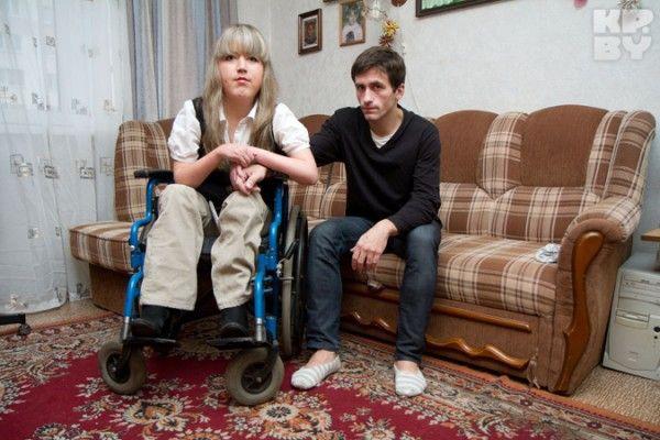 Несмотря на сложности, Антонина и Владимир вместе вот уже восемь лет Фото: Павел МАРТИНЧИК