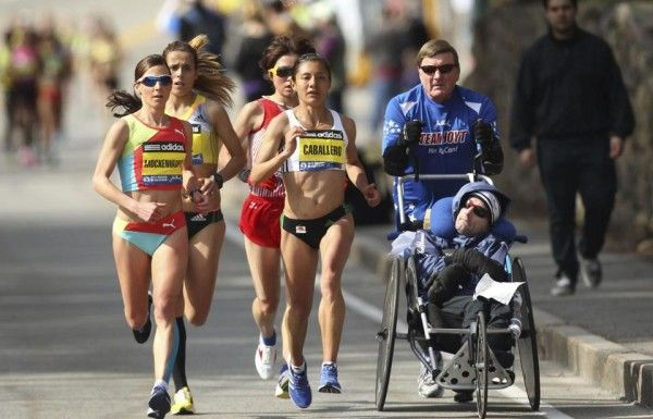 team-hoyt-running-boston-marathon-2013