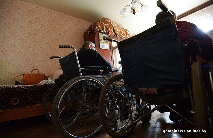 Полвека дома: репортаж о жизни инвалидов-колясочников