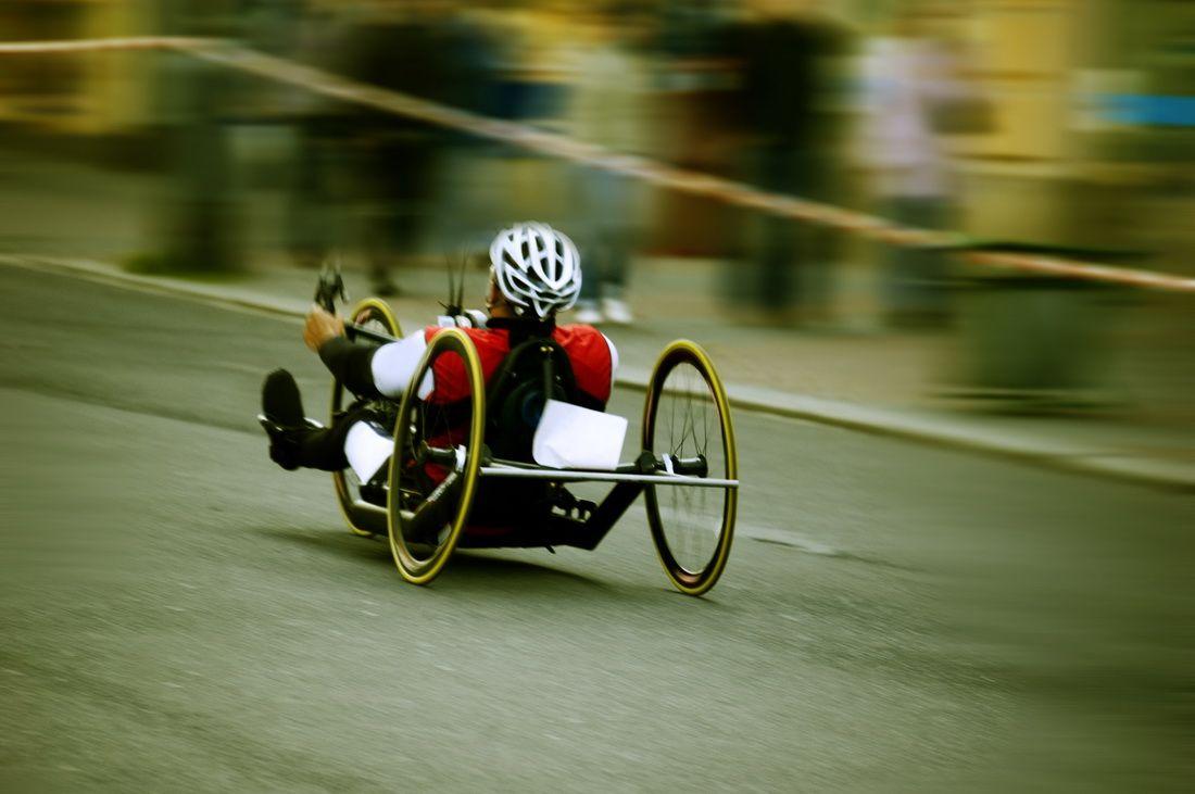 Россияне и белорусы с инвалидностью отправились в экспериментальное путешествие на хэндбайках в Голландию