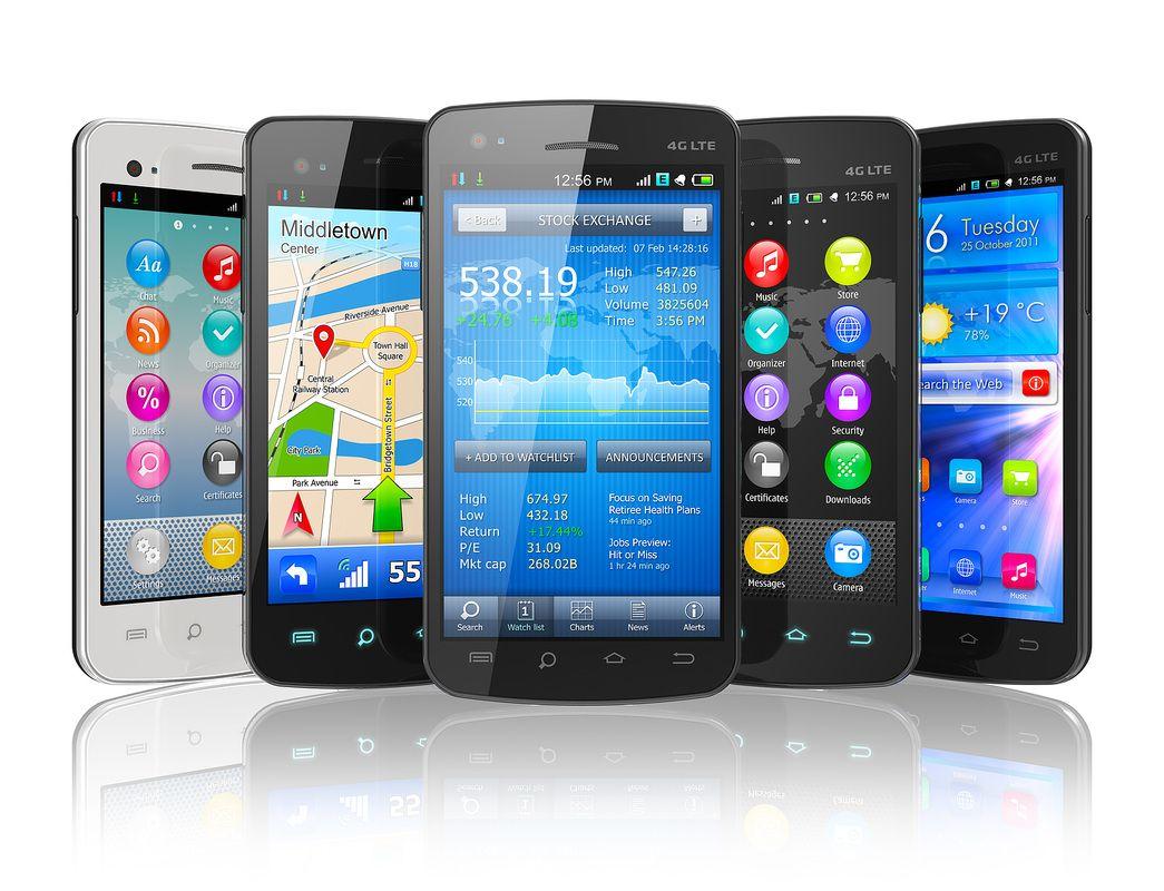 Исполкомы 5 областей объявили о закупке смартфонов. На один мобильник местные власти выделили от 240 до 940 долларов