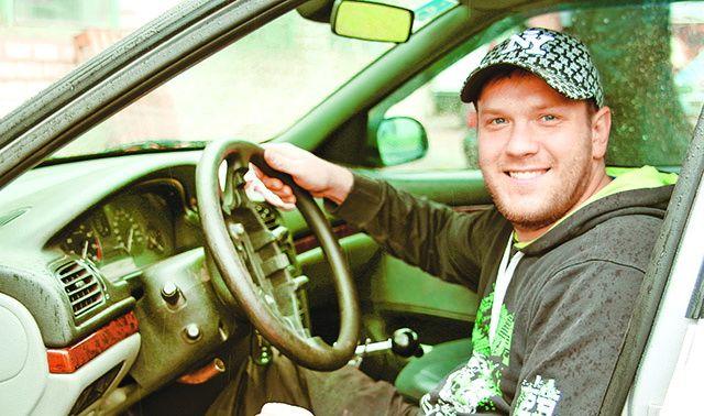 Минчанин создал фирму по установке ручного управления на автомобили для инвалидов