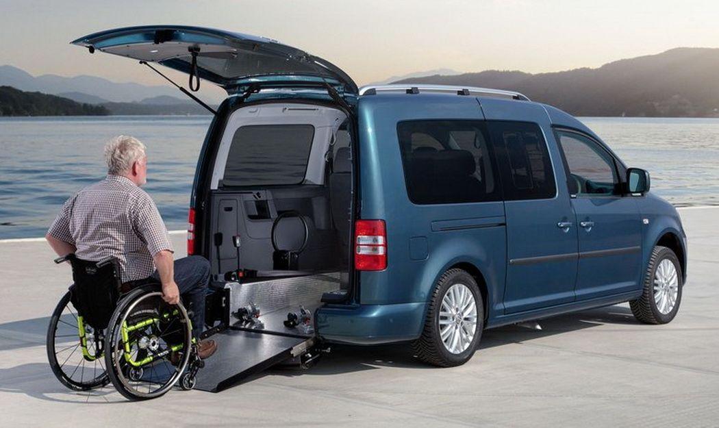 Volkswagen представила автомобили для инвалидов-колясочников