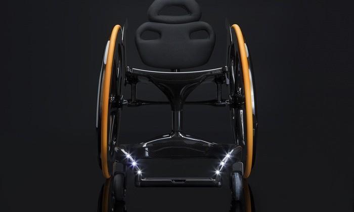 Carbon Black – инвалидное кресло из углеродного волокна