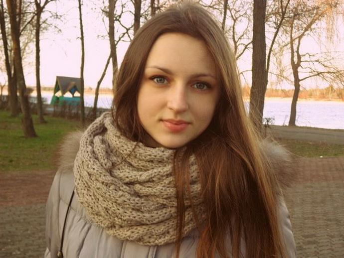В Наровле начался суд над водителем Audi, из которой выпала 17-летняя Даша Мазуренко