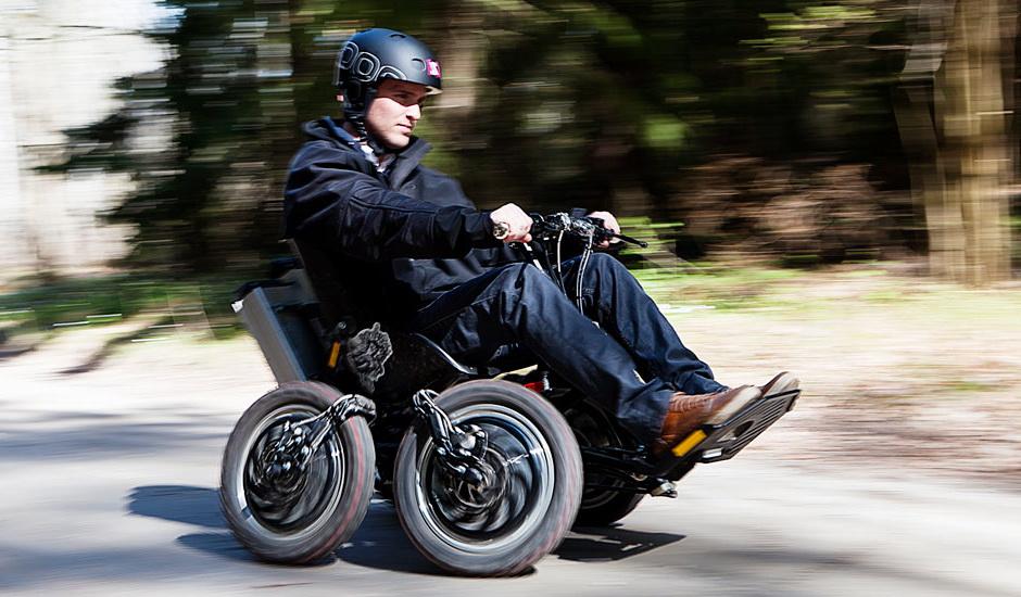 Zoomability: Моторизованная коляска-внедорожник