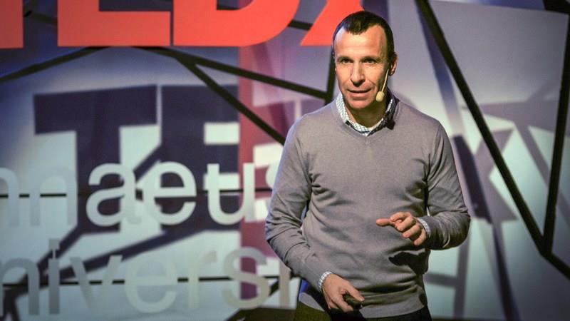 Гай Уинч: Почему всем нужно практиковать неотложную эмоциональную помощь
