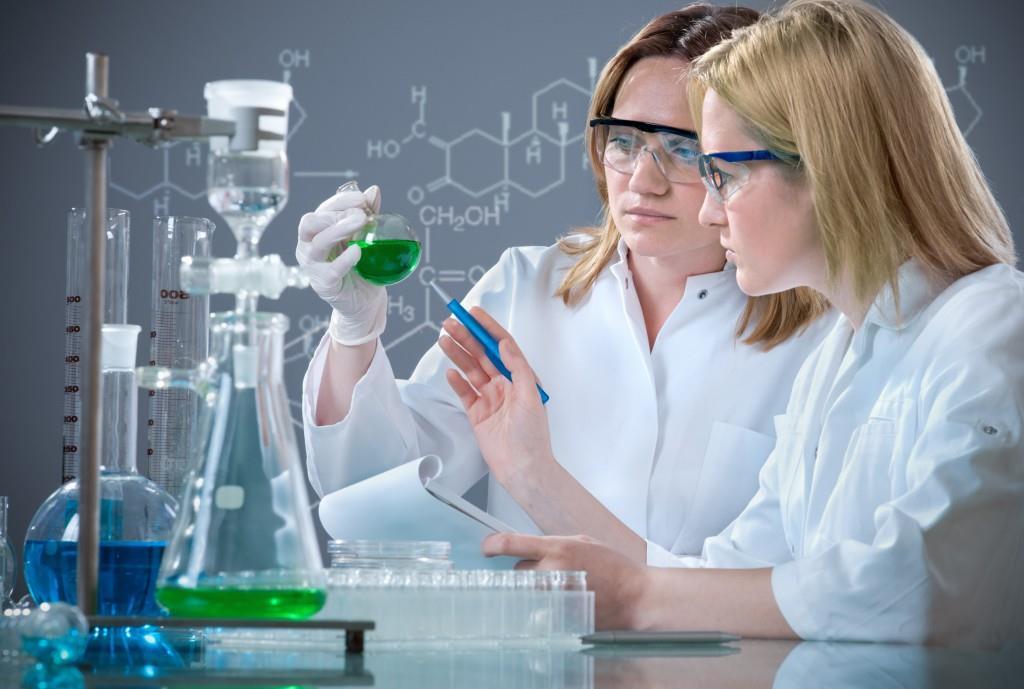 FDA рассмотрит ускореное одобрение для етеплирсена.
