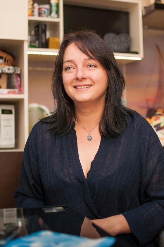 """Анна Герина попросила выразить отдельную благодарность платформе Маесенс и турагентству """"Вояжтур"""", благодаря помощи которых поездка в """"Дисней"""" стала возможна."""