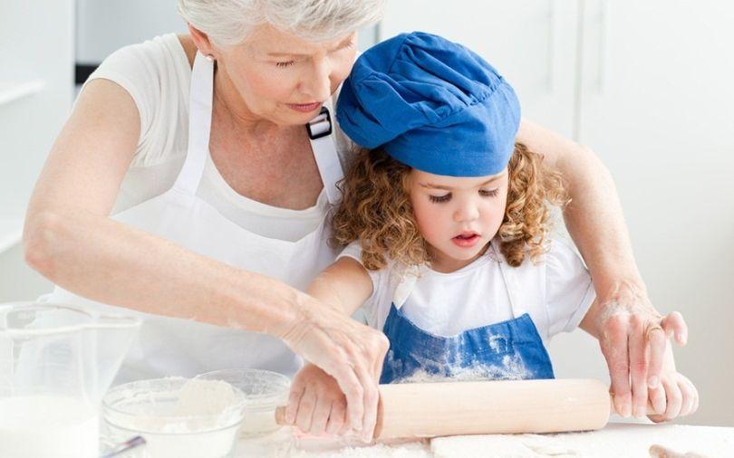 """Услугу """"Бабушка на час"""" предлагают в Гомеле семьям с детьми"""