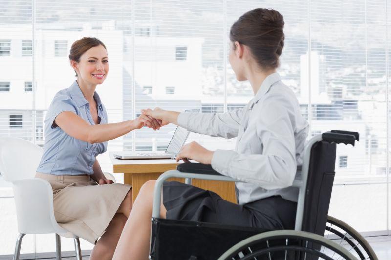 """""""День поработают и уходят"""". Почему нанимателям и людям с инвалидностью так сложно договориться"""
