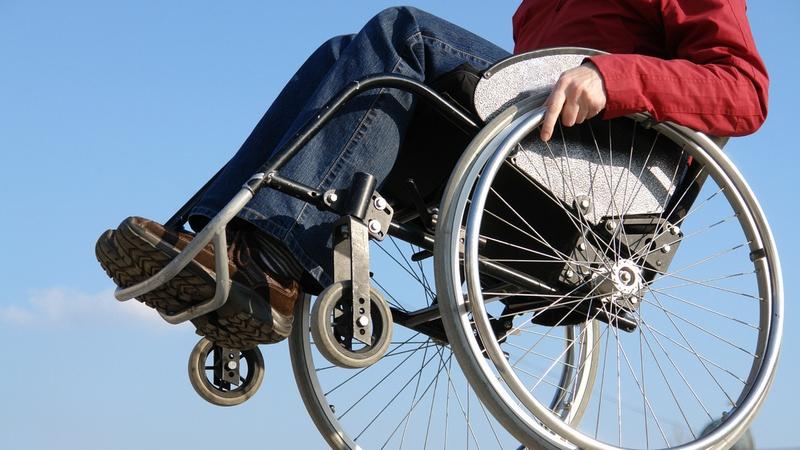 В Беларуси с 1 июля изменяется порядок обеспечения инвалидов III группы техническими средствами соцреабилитации