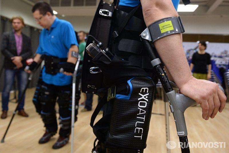 Российские врачи оценили реалии использования экзоскелетов