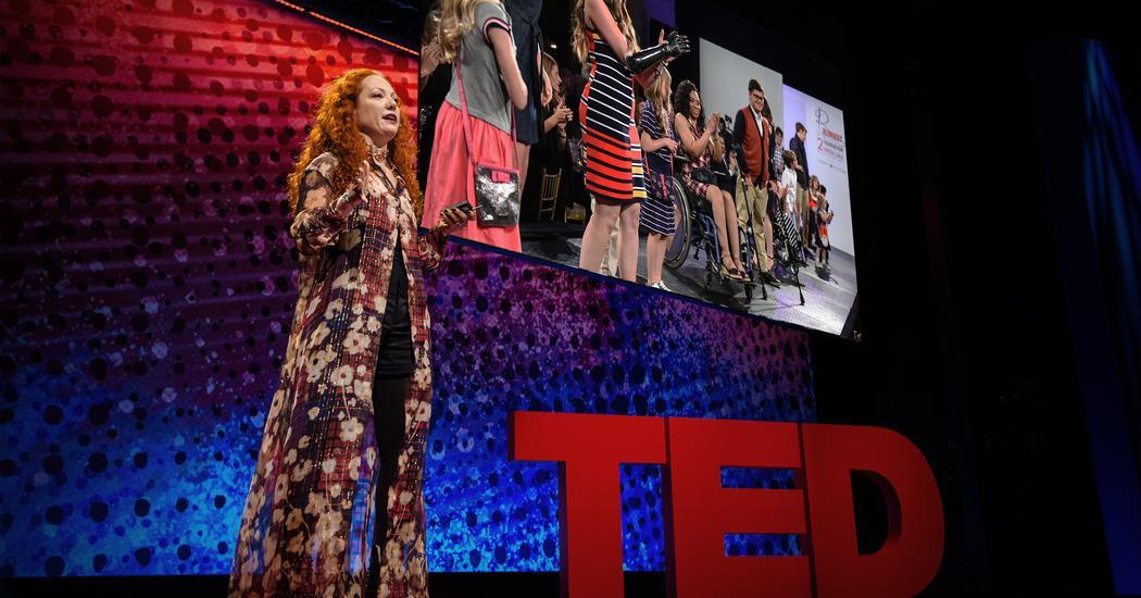 Минди Шайер: Как адаптивная одежда помогает людям с ограниченными возможностями