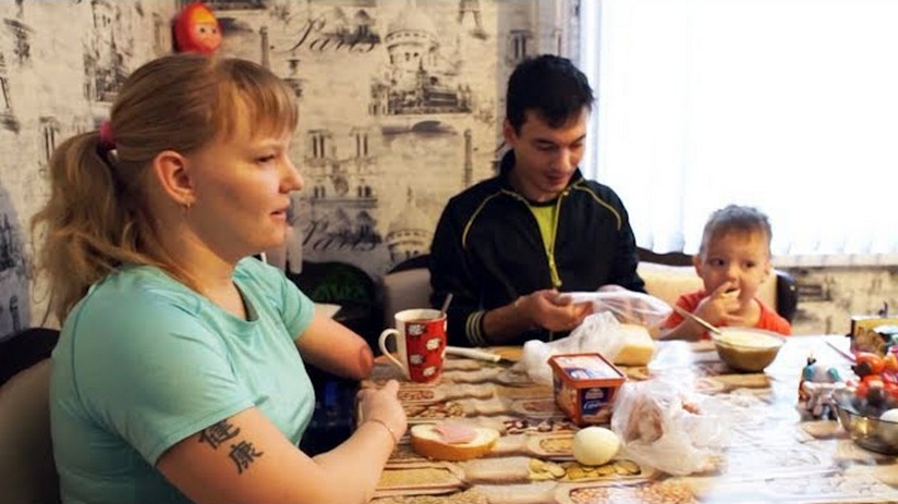 """""""Может, со мной не захотели мучиться"""": рассказ женщины с инвалидностью, которая вырвалась из специнтерната."""