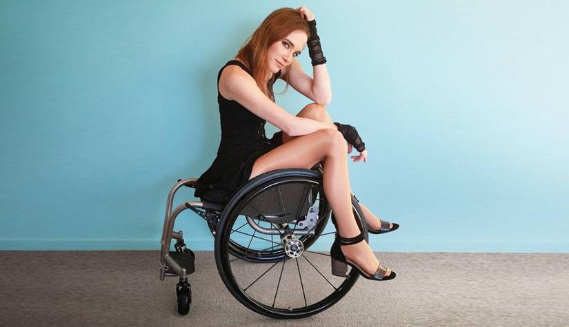 """""""Поплачь обо мне, малыш"""". Люди с инвалидностью делятся своими сексуальными снимками"""
