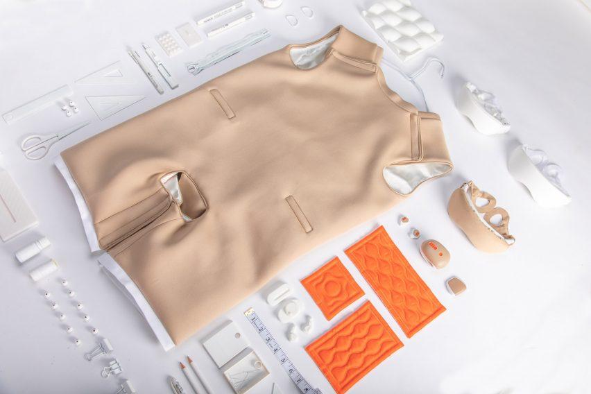 Тайваньские дизайнеры разработали костюм для мастурбации, чтобы помочь людям с ограниченными возможностями