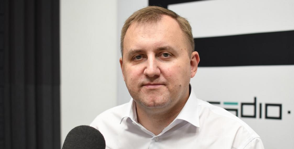 Что инвалид-колясочник хочет изменить в белорусском парламенте?