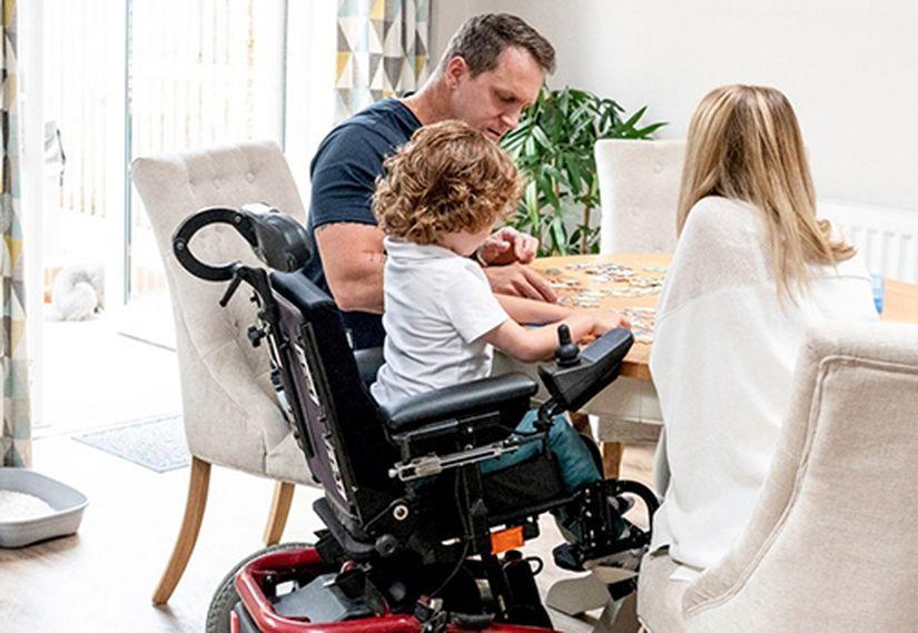 Кто спасет детей, страдающих спинальной мышечной атрофией?