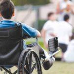 Какая поддержка нужна родителям, ухаживающим за взрослыми детьми с тяжелой инвалидностью. Мнение
