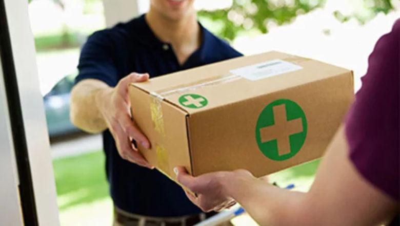 Некоторым аптекам разрешили доставлять лекарства покупателям. Какие компании смогут этим заниматься