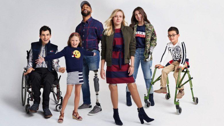 Мода для всех: кто создает одежду для людей с инвалидностью