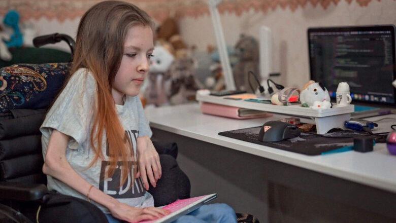 «Я люблю жизнь»: девушка со СМА — о бюрократии, нытиках и стремлении работать