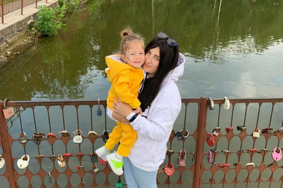 Инна Стогова с дочкой Кристиной Фото: из личного архива
