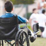 «Почему он на коляске?» Как объяснить ребенку, что такое инвалидность
