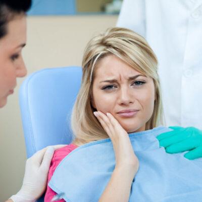 Врач объясняет, какие народные методы против зубной боли только навредят