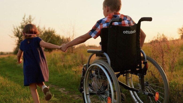 Квоты, средства гигиены через аптеки – меры господдержки для инвалидов в программе на пятилетку