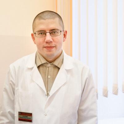 Известный белорусский инфекционист — о вакцинации от COVID-19 и о том, чем будет прививаться сам