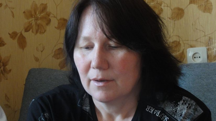 Диминой маме пришлось оставить работу чтобы ухаживать за ребенком-инвалидом.