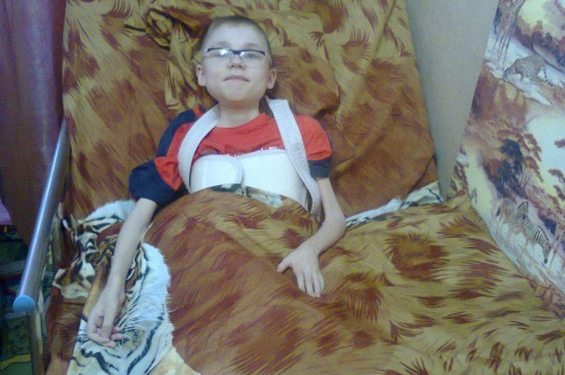 Пять лет назад читатели АиФ.ru помогли семье купить новую кровать для старшего мальчика. Фото: Из личного архива