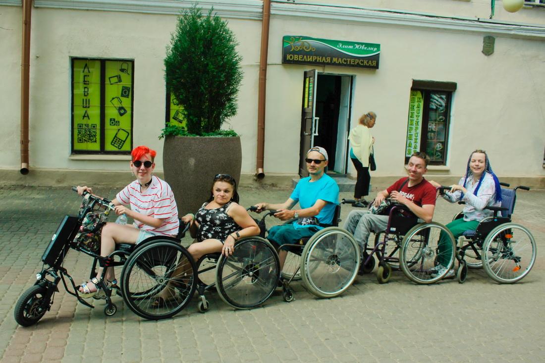 Автопробег «Дружба на колесах»: белорусы с инвалидностью проехали более 2 тысяч километров по Беларуси